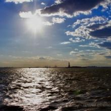 "<span class=""image-name"">Hudson river</span>"