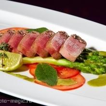 "<span class=""image-name"">Тунец специальной прожарки / Tuna fish special medium</span>"