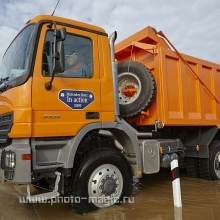 "<span class=""image-name"">Новый Mercedes Actros / New Mercedes Actros</span>"